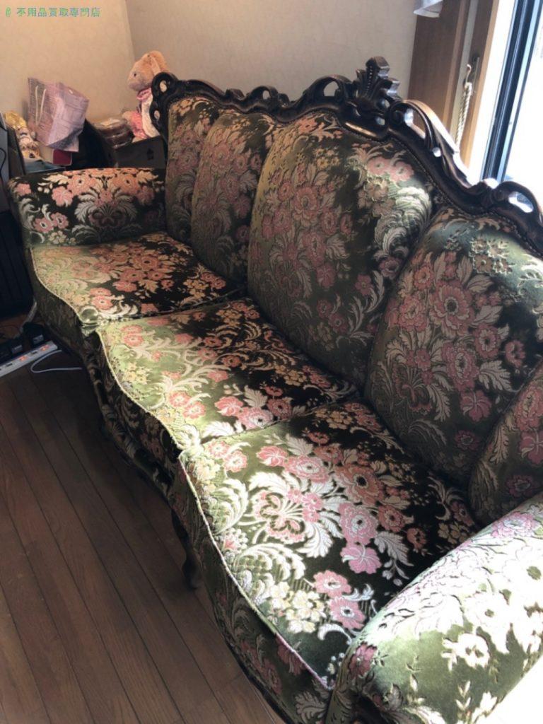 【大津市】ヨーロッパ輸入家具ソファー、テーブルセットの買取・回収のご依頼者さま