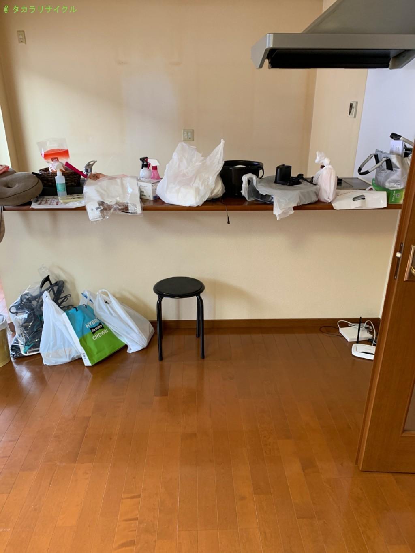 【彦根市小泉町】ソファー、ダイニングテーブルセット、ベッドの処分・回収のご依頼者さま